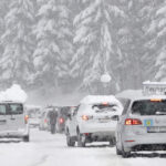Havazik Ausztriában: Havazás bénította meg az osztrák autópályákat és sok települést: